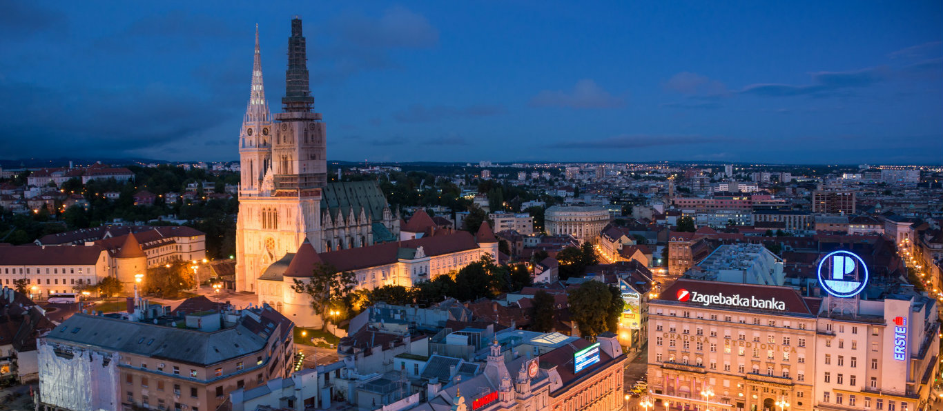 Zagreb night 1366 x 597